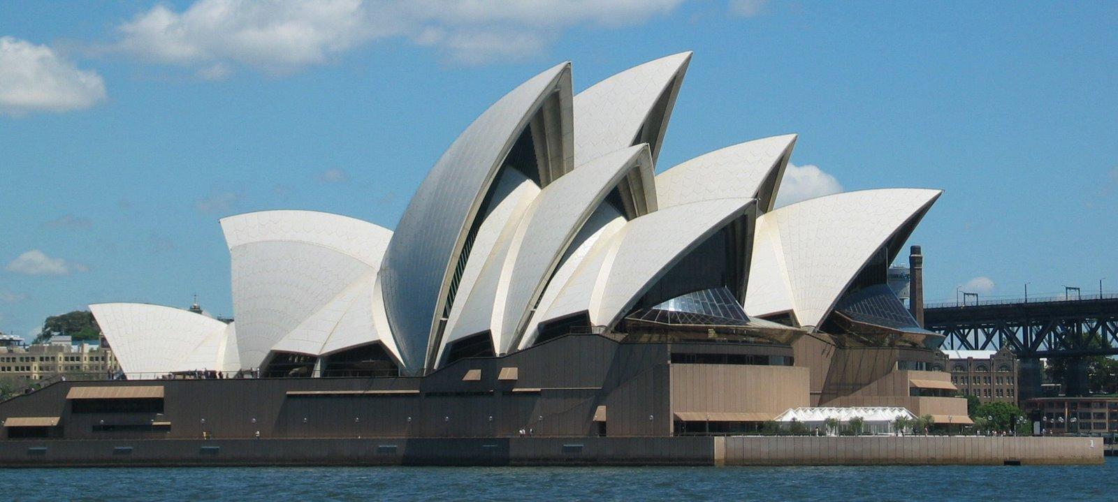 SydneyOperaHouse-756409